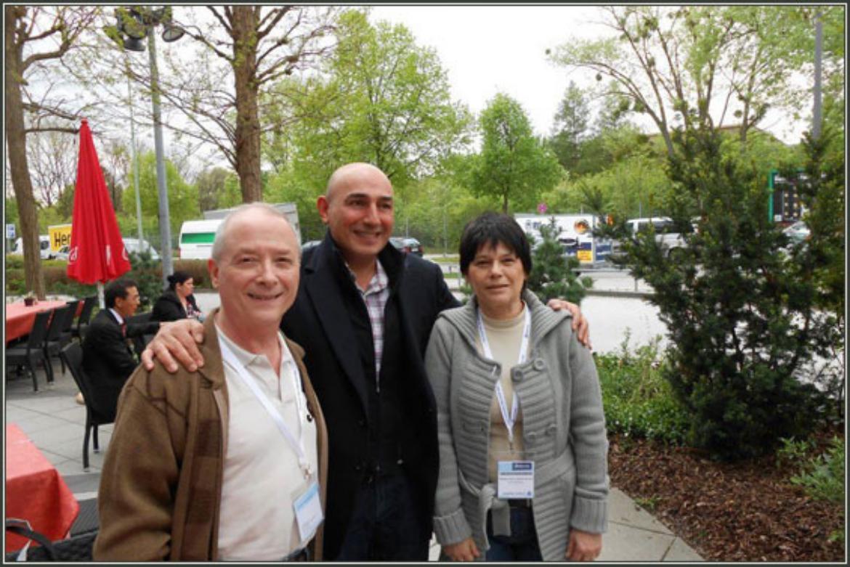 Nós com o amigo Tufan Hashemi (ao centro), presidente da Roksan Audio, no Hi End Munich 2012.