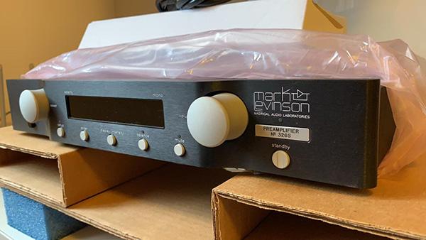 Pré-amplificador Mark Levinson 326S